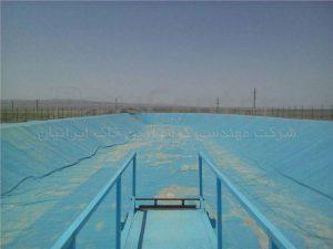 کیلومتر 24 اتوبان چرمشهر به گرمسار-استخر کشاورزی به مساحت 12000 متر-سال ساخت: 1393